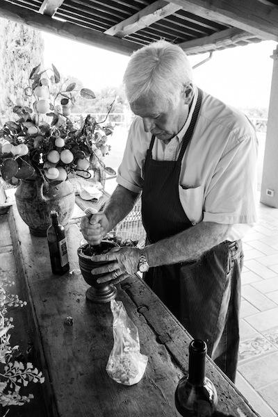 pesto making at Genius Loci