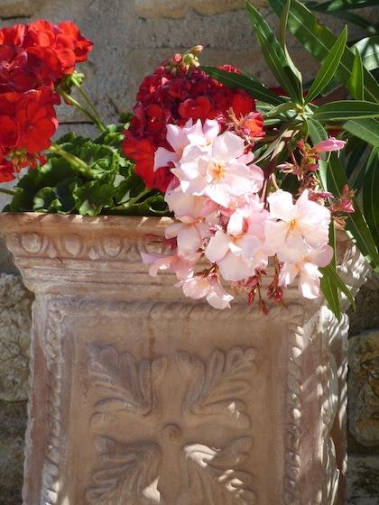 terracotta Deruta flower pots at Genius Loci Bevagna