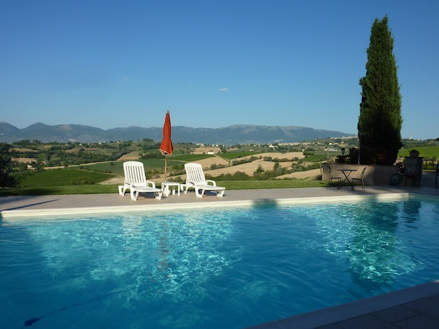 early evening shadows on the pool at Genius Loci Bevagna