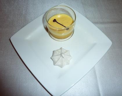 bavarese cream and merengue pre-dessert