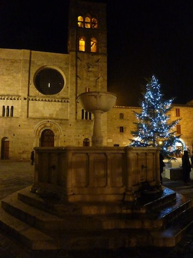 beautiful bevagna in umbria at Christmas