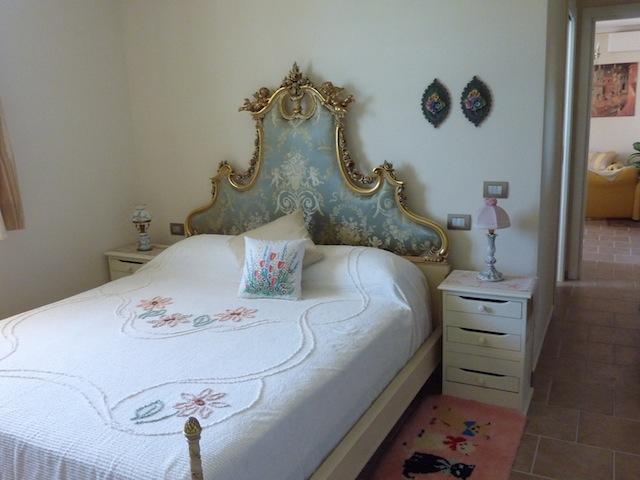 Genius Loci Umbria apartment bedroom